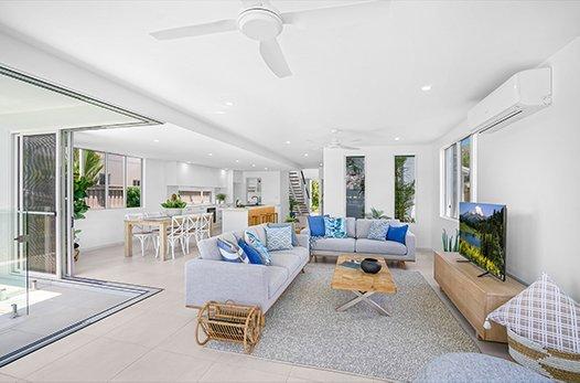 Marina Quay Lounge